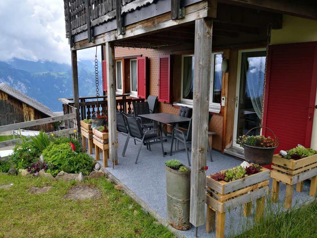 Liebevoll eingerichtete Terrasse